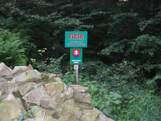 Tabuľa na hranici rezervácie